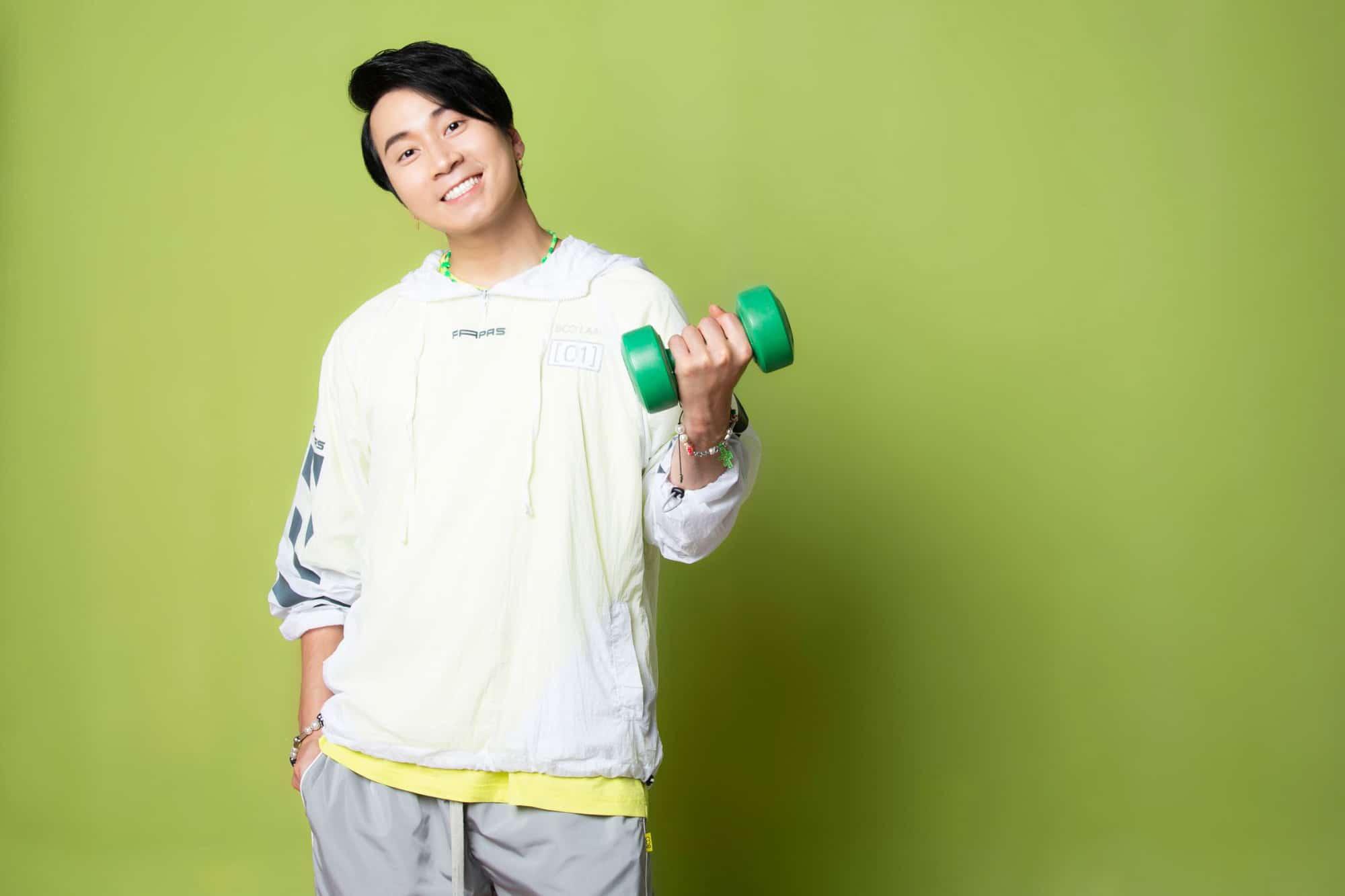Thông qua MV, Karik mong muốn mọi người duy trì lối sống lành mạnh, sử dụng thực phẩm dinh dưỡng để nâng cao sức khỏe